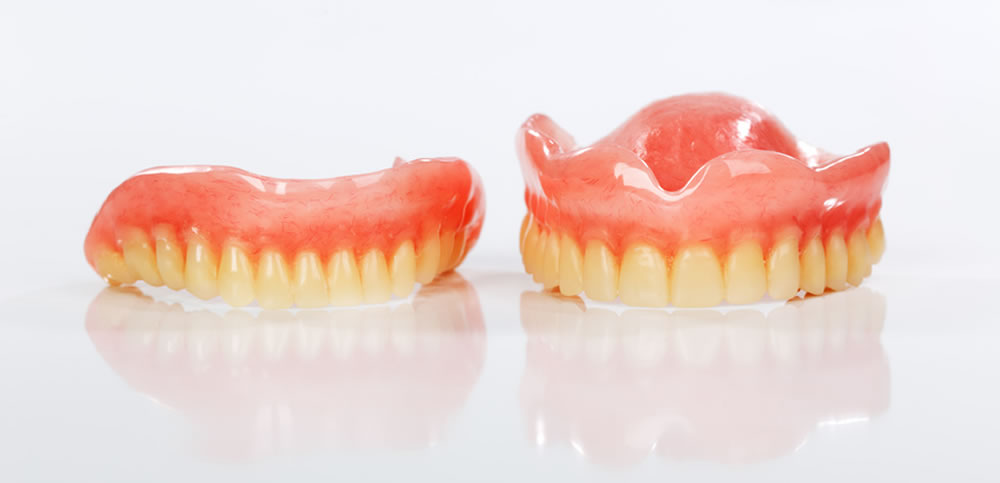 入れ歯治療とは